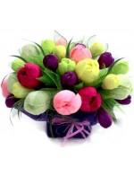 Тюльпаны с крокусами