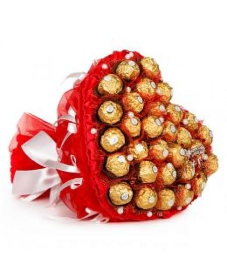 Букет из конфет  Пылающее сердце  - Супер цена  - Срочная доставка в Москве