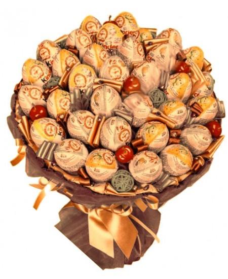 Букет из конфет  Макси Киндер - Срочная доставка в Москве