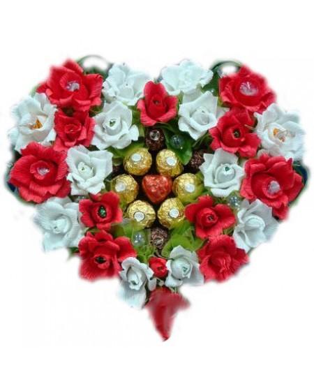 Букет из конфет  Рубиновая россыпь