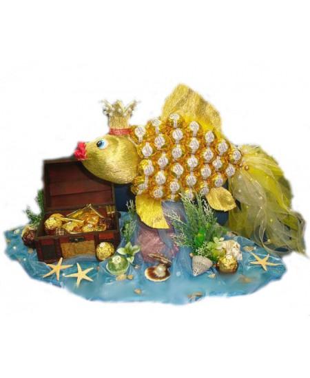 """Арт - букет из конфет - """"Золотая рыбка"""""""