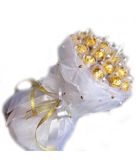 Букет из конфет  Воздушный зефир - Срочная доставка в Москве