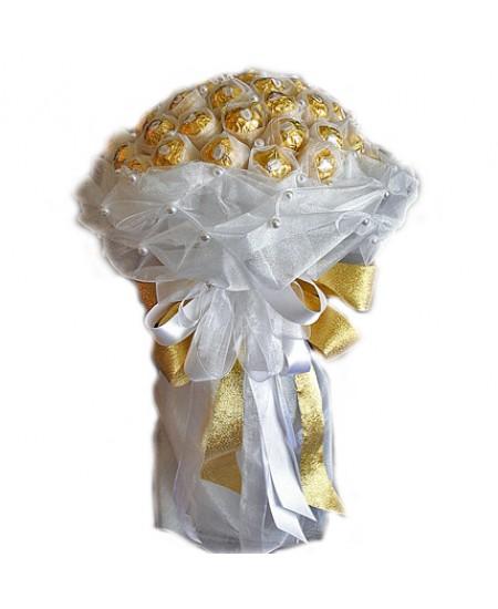 Букет из конфет  Белый иней