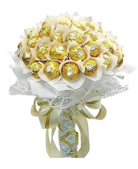 Букет из конфет  Белоснежка