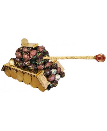 Букет из конфет Три танкиста...