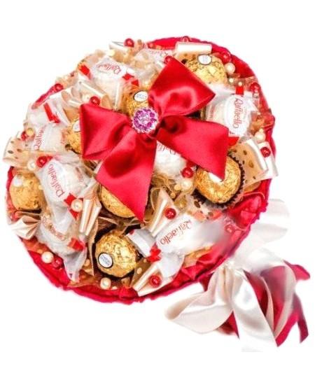 Букет из конфет  Призма со Срочной Доставкой в Москве и Подмосковье