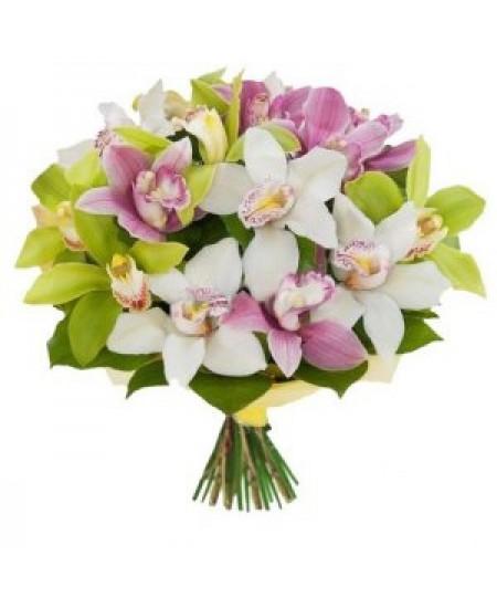Букет из цветов Ажурный ангел- Срочная Доставка в Москве
