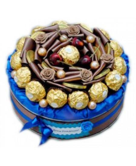 Тортик из конфет Черный лес
