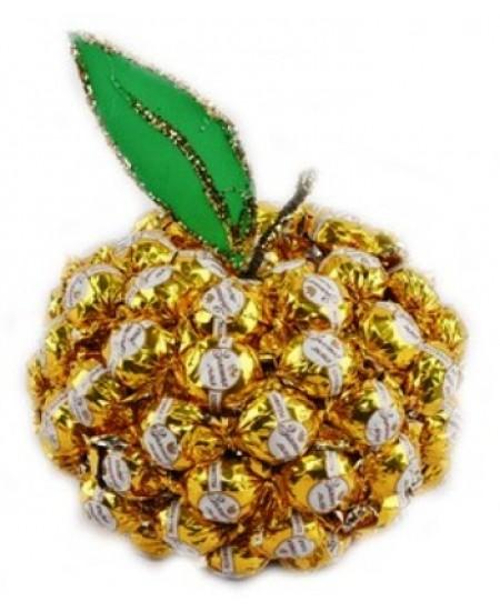 Букет из конфет  Молодильное яблочко