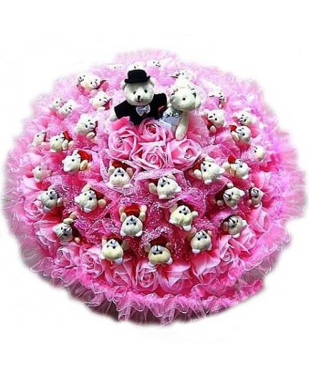 Букет из игрушек  - А свадьба пела и плясала...- срочная доставка в Москве
