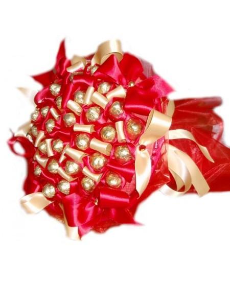 Букет из конфет  Рубиновый атлас