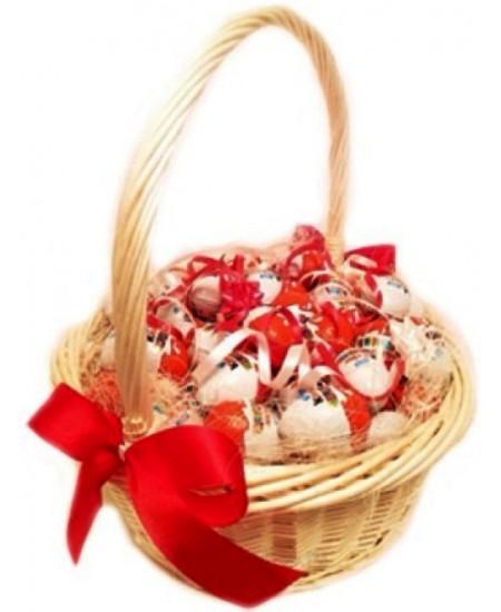 Букет из конфет  Сюрприз для киндеров