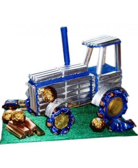Букет из конфет  Трактор