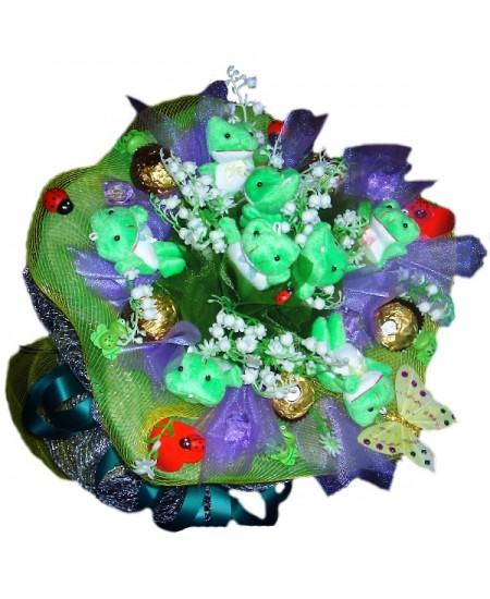 Букет из игрушек Царевне-лягушке