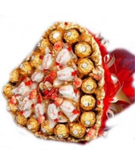 Букет из конфет Двойное сердце