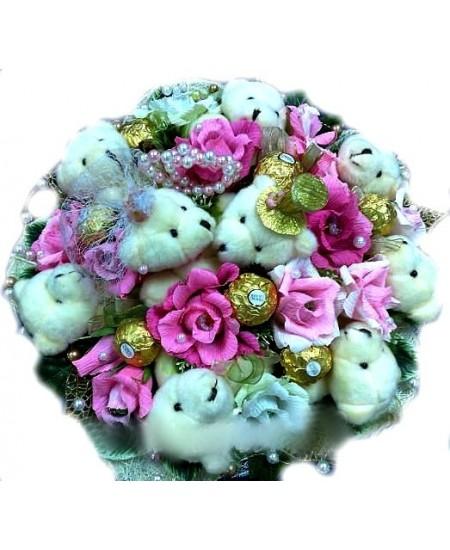 Букет из игрушек Мишкина свадьба