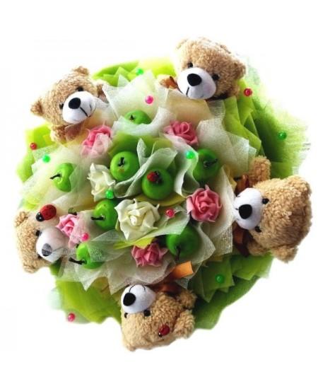 Букет из игрушек Мишки с яблочками - Срочная доставка в Москве